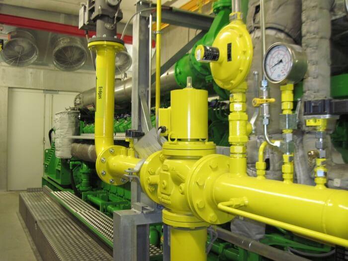 Двигател на природен газ по време на работа